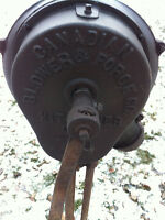 Blacksmith crank forge blower