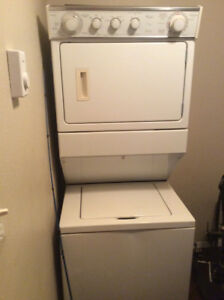 Chetwynd Stacker Washer/Dryer -Mint Cond.