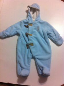 Baby big 0-3 mths Snow Suit Like New Smoke Free Home