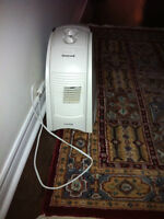 Excellent Condition -  Honeywell QuietCare HCM-630 Humidifier