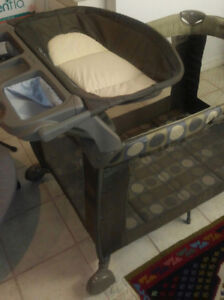 Baby playpen with bassinet