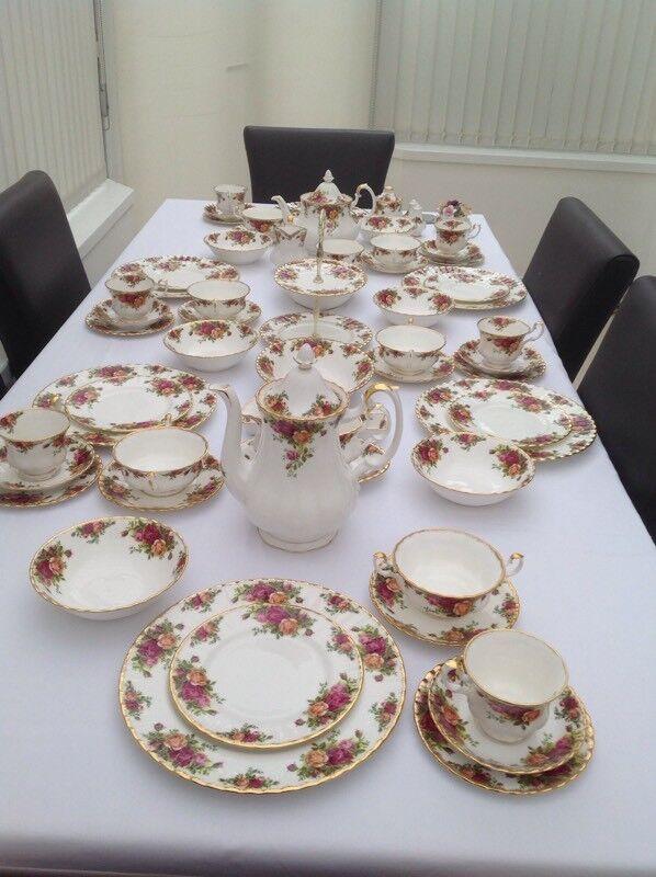 Royal albert old country roses full dinner set for six