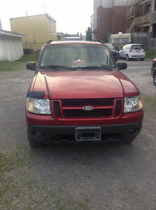 2004 Ford Explorer Sport Trac XLT Commodité VUS