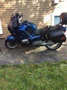 1998 BMW  R1100 RT.  Reduced price.