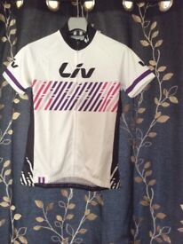 Liv cycling top