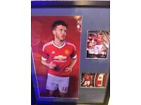 Manchester United Michael Carrick autograph and relic cards from tops framed + mounted