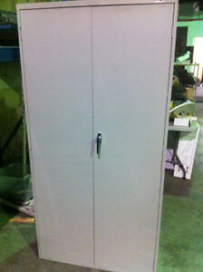 Metal Storage Cabinets, lockable - NEW