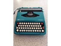 SMITH CORONA CALYPSO Vintage 60s Portable Typewriter with CASE Turquoise Aqua