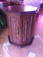 Vintage Night Stand/End Table