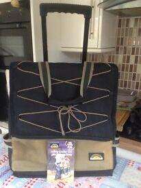 Roller cool bag