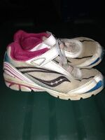 Size 10.5 Saucony girls shoes