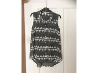 H&M patterned summer top Size 8