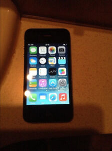 Apple iPhone 4 8GB cellphone with Fido