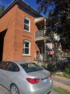 2 Bedrooms Little Italy / Chinatown / Lebreton