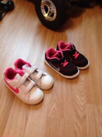 Girls Nike trainers size 7