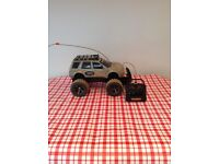 Mud Slinger - Radio Controlled Land Rover