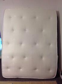 Cleo bonnel Kingsize memory topped mattress