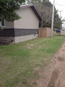 MOTIVATED - Bungalow in Viking For Sale Strathcona County Edmonton Area image 3
