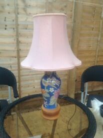 Large Chinese style table lamp.