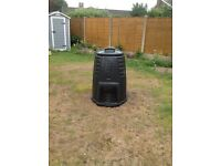 Ecomax plastic compost black with removable small front hatch with lid