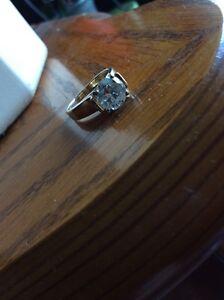 1.4 carat gold solitaire ring  Sarnia Sarnia Area image 1