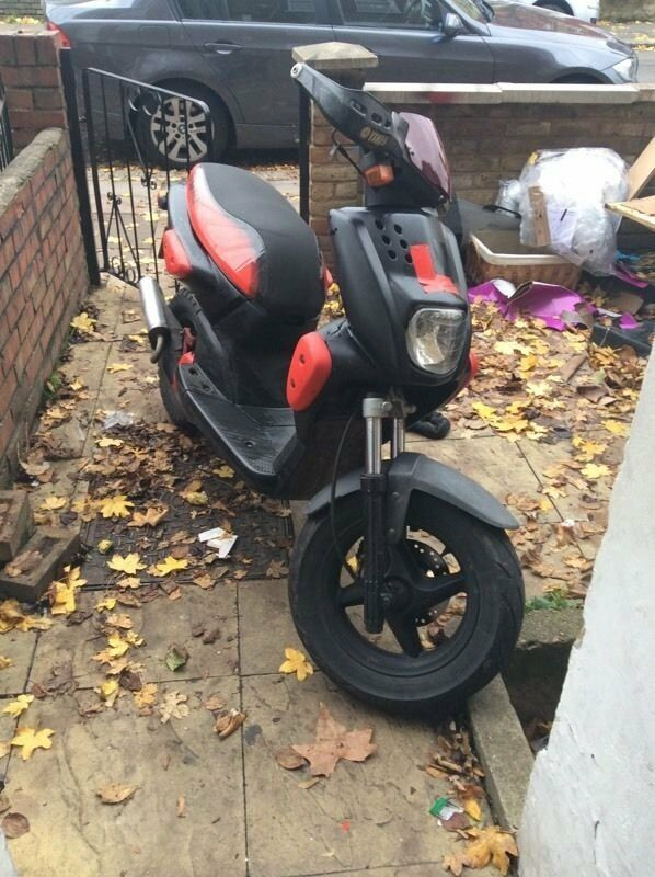 yamaha slider ew50 quick 50cc now rare smae as mbk stunt in dewsbury west yorkshire gumtree. Black Bedroom Furniture Sets. Home Design Ideas