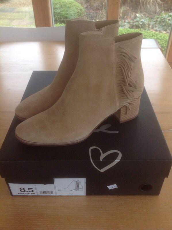 Banana Republic Lola Suede Boots Size 6.5 UK Size