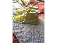 Nike Blazers (Rare) size 10/11