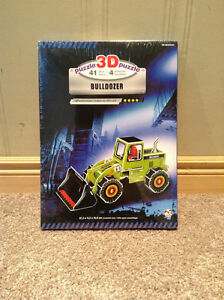 Bulldozer 3-D cardboard puzzle Unopened and with original seal Kitchener / Waterloo Kitchener Area image 1