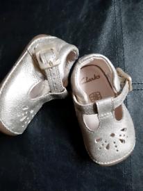 Clarks infant 2g shoes