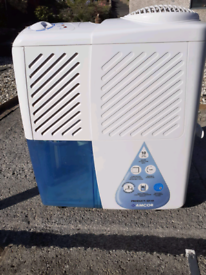 Amcor dehumidifier SD10,.
