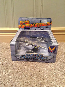Metal B-29 Flying Superfortress die cast collectible Kitchener / Waterloo Kitchener Area image 1