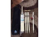 GUNN & Moore cricket set
