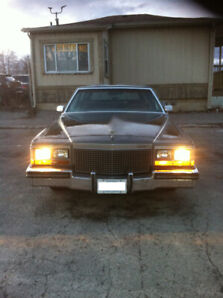 1988 Cadillac Brougham Fleetwood 90500 KM $4000 Firm