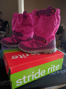 Size 1 Girls Stride Rite Winter Boots, New in Box London Ontario image 3