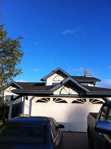BEAUTIFUL 4 BEDROOMS 3 BATHROOMS HOUSE WITH DOUBLE ATT. GARAGE