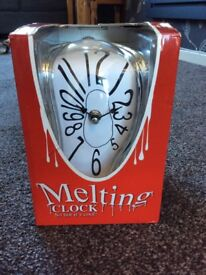 Melting Clock - New in box - Great novelty gift