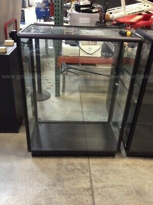 Peter Pepper Glass Display Case