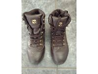 Hiking boots size 6.5
