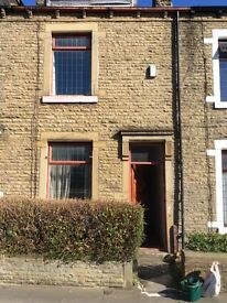 4 Bedroom house to let. 147 Woodhead Road BD7 2BL