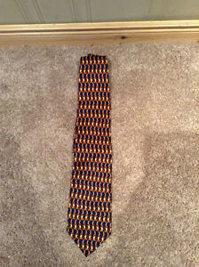 "Official Disney ""Tigger"" silk tie Winnie the Pooh Kitchener / Waterloo Kitchener Area image 1"