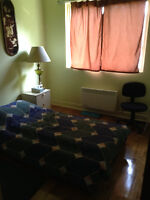 ROOM TEMPORARY IN PIERREFONDS ALL INCLUDED- JANUARY 1st/1 PERSON