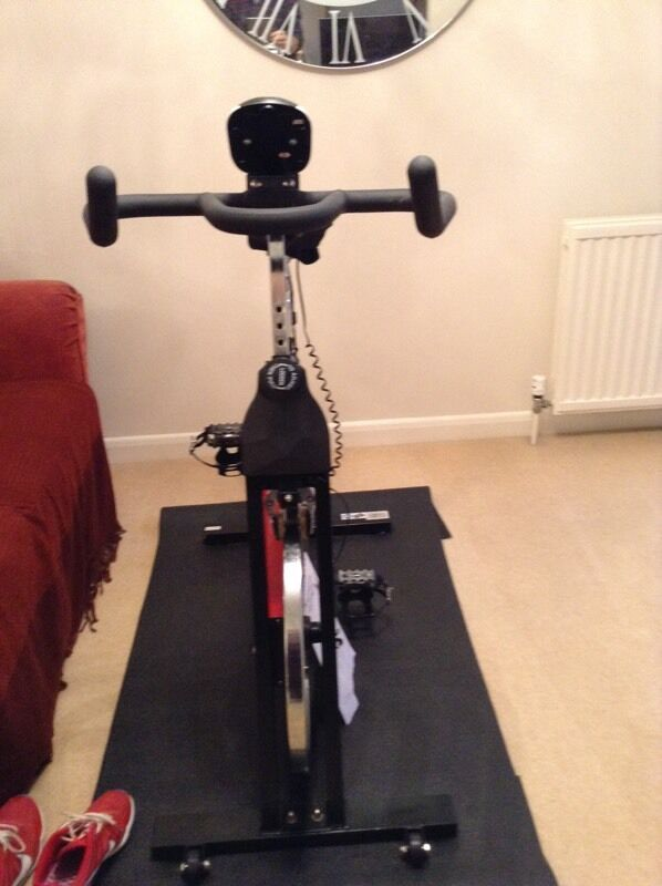 """Rev X treme S1000 Spin Bikein Cambridge, CambridgeshireGumtree - """"We R Sports"""" spin bike. Two years old. Good condition. Trip computer does not work. Gel seat and mat also availableAny other questions feel free to contact us and ask"""