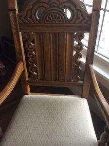 """Antique dining room  set 9 piece , early American 1900""""s  St. John's Newfoundland image 4"""