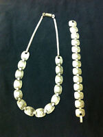 White silver necklace and bracelet, marked 925.