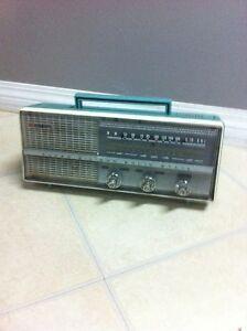Gold Star 7tr super silicon radio