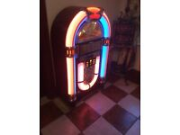 """Large working jukebox holds 10 cds with radio height 50"""""""