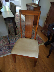 Dinning Room Table with Eight Chairs Stratford Kitchener Area image 2
