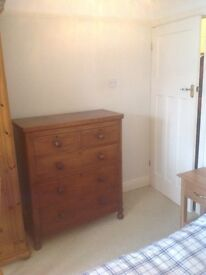 1940s Chest of Drawers good condition for age 5 drawers £45.00 ono
