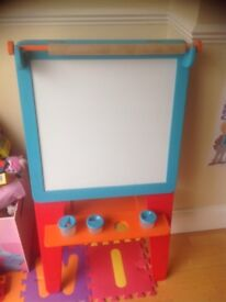 Early Learning easel